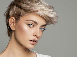 Luzes cabelos curtos